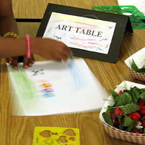 Kids In Motion Art Table